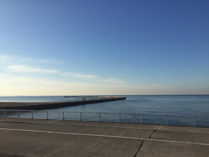 検見川の海