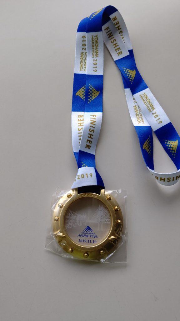 横浜マラソン2019の完走メダル